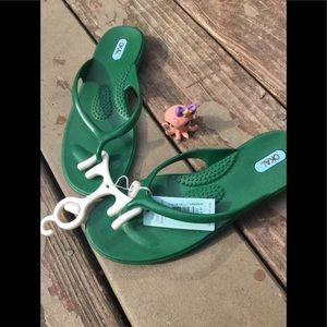 Oka-B Chloe sandal in Kelly Green
